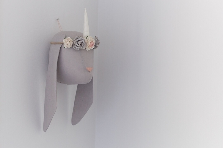 pretty grey bunny wall head fea - littlelops | ello