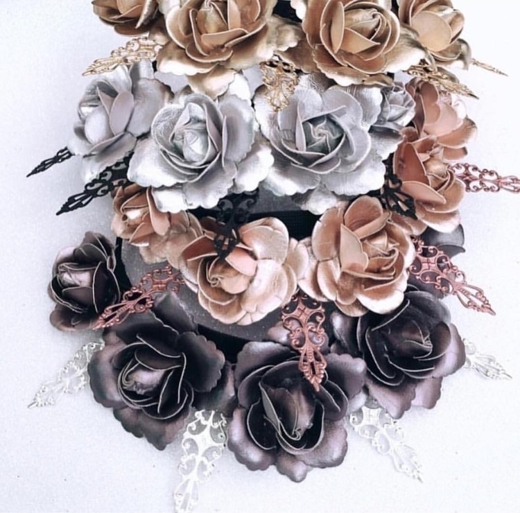 Constance Inspired Crown ~ Piec - doilydelightz | ello