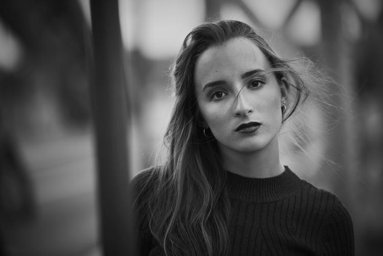 Anna / Mai 2017 - portrait, people - thomasruppel   ello