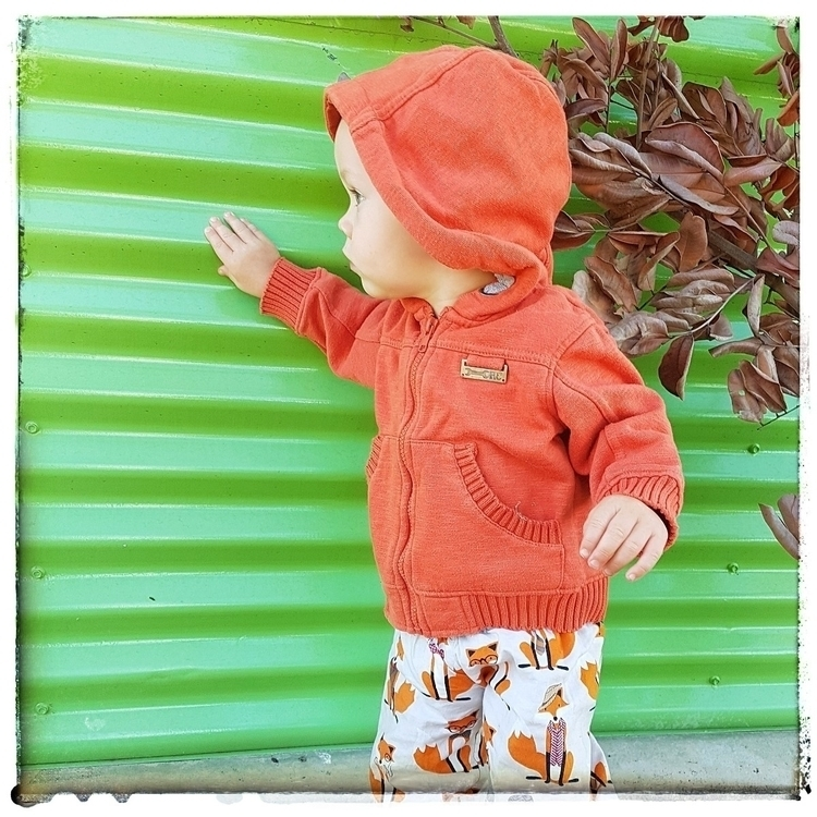 Absolutely loving orange tones  - mumsview | ello