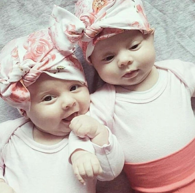 Bow Beanies - Gorgeous girls! T - luluandmilly | ello