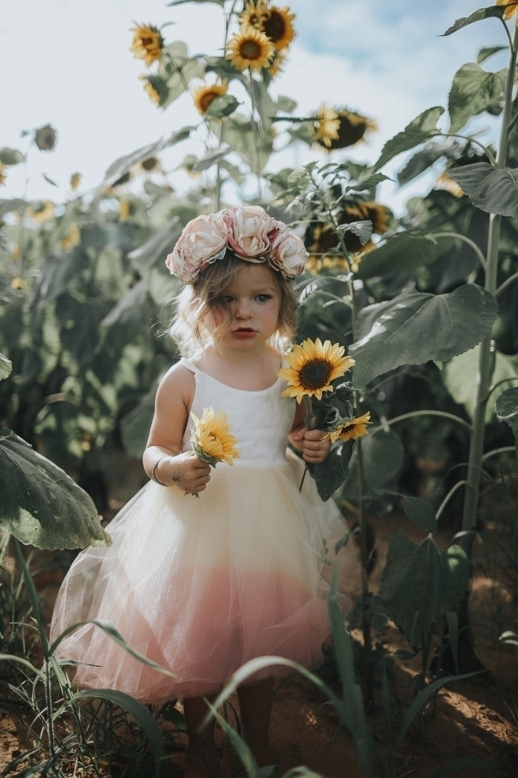 fashion, photography, sunflowers - haydens_ootd | ello