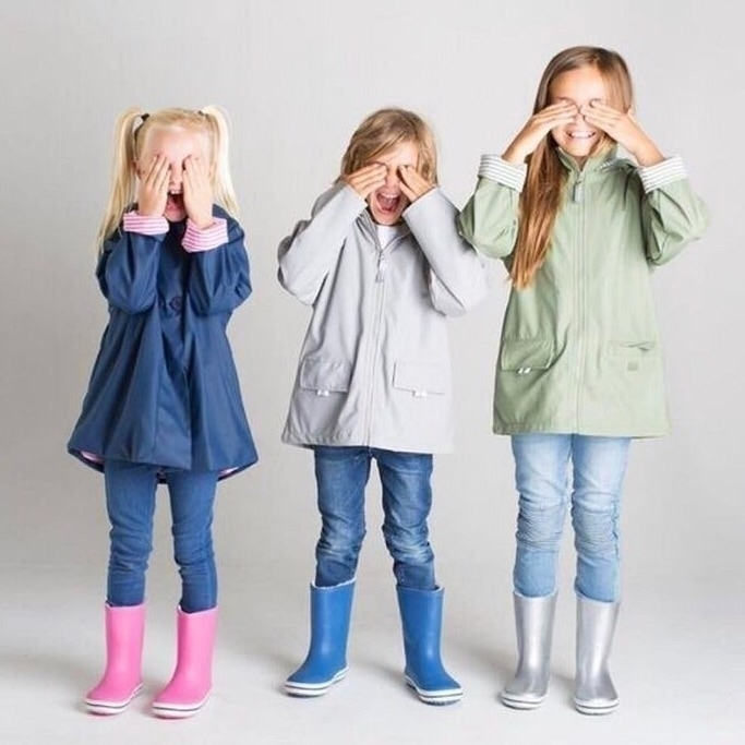 Rainjackets gumboots included E - belandbear | ello