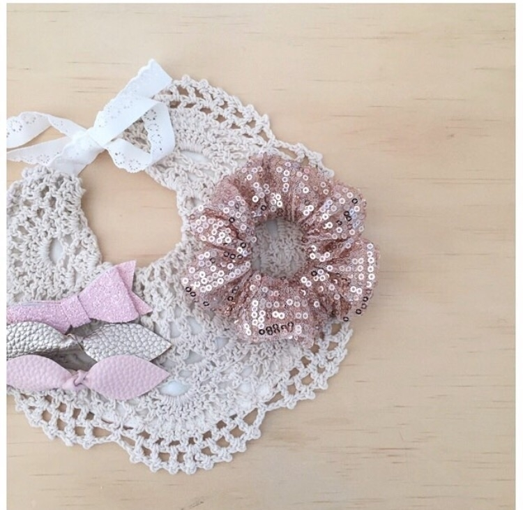 { } love bows, crochet bibs + s - millymoocreations | ello