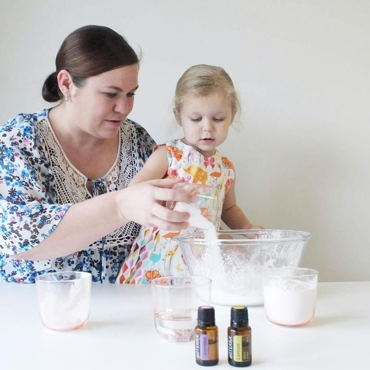 Bath bombs! 4 ingredients + cho - the_essential_mumma | ello