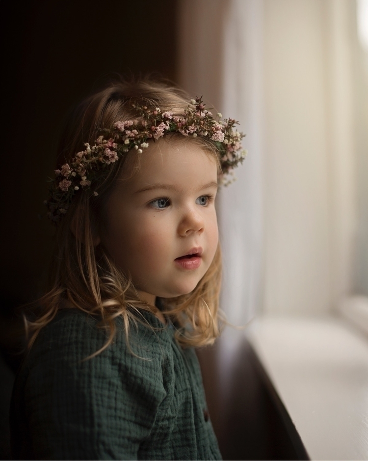 flowercrown, photography, child - paigehodson | ello