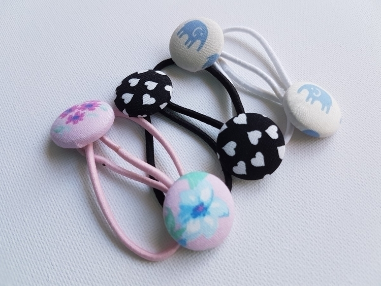 DIY button hair ties kits. Basi - milkboxcrafts | ello