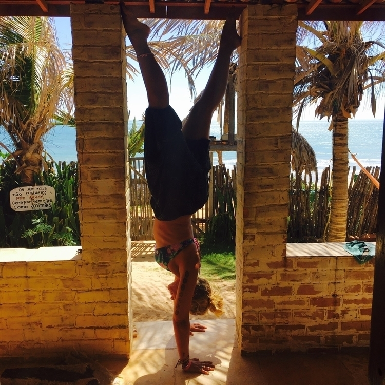 handstand, brasil, brazil, yoga - divingangel | ello