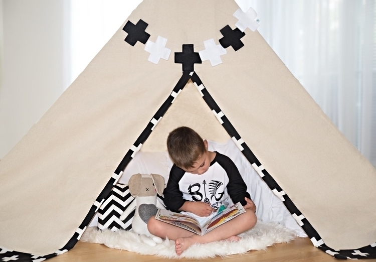 caught reading tent!!  - brandrep - brittanymcanally | ello