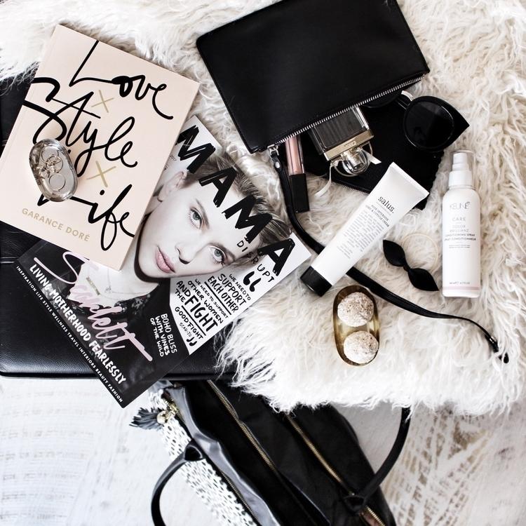 Monday essentials  - lifestyleblogger - danielle_vella | ello