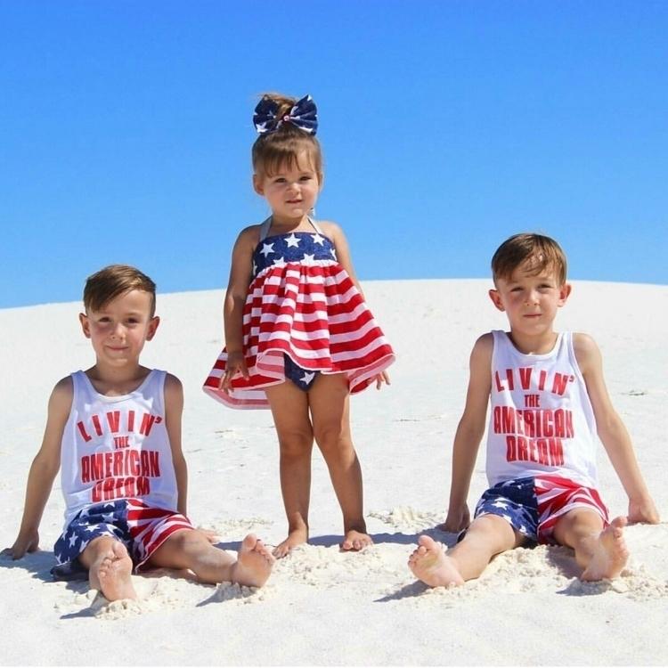 Loving sibling set!! Persephone - onetotmess | ello