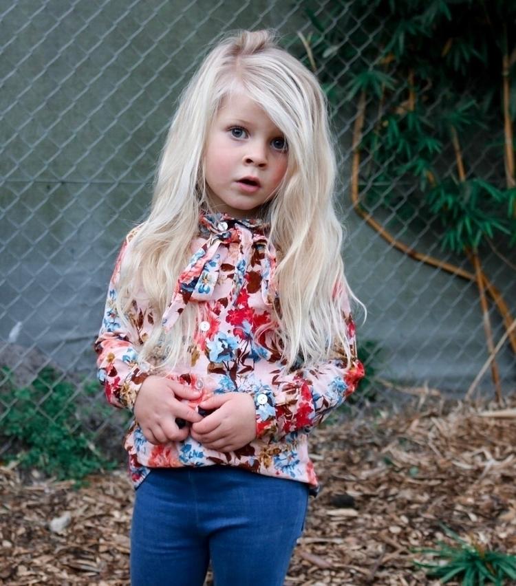 wearing Howie blouse Harlow jad - missgstyle | ello