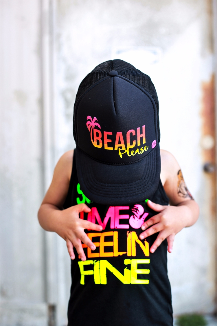 Beach trucker hat: fun summer p - arocho_apparel | ello