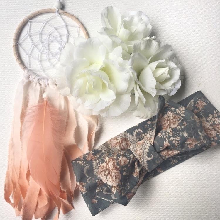 pretty paisley favourite fabric - bloomingpoppies   ello