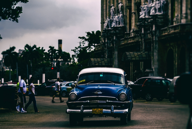 early night blue - Habana, Cuba - christofkessemeier | ello