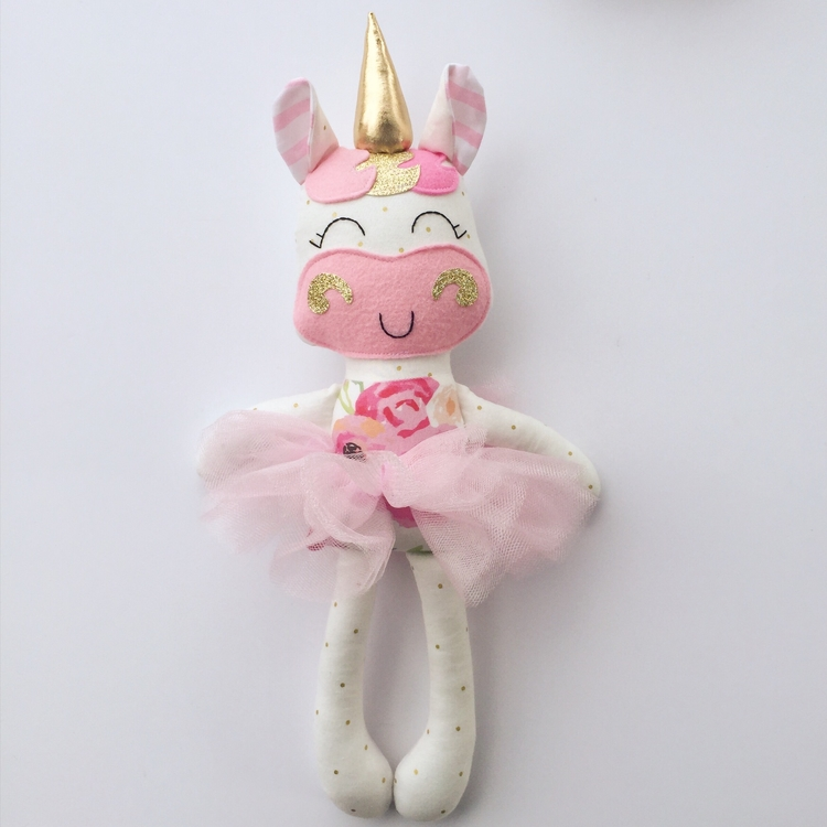 Unicorns favorite - littlesunshinecreations | ello