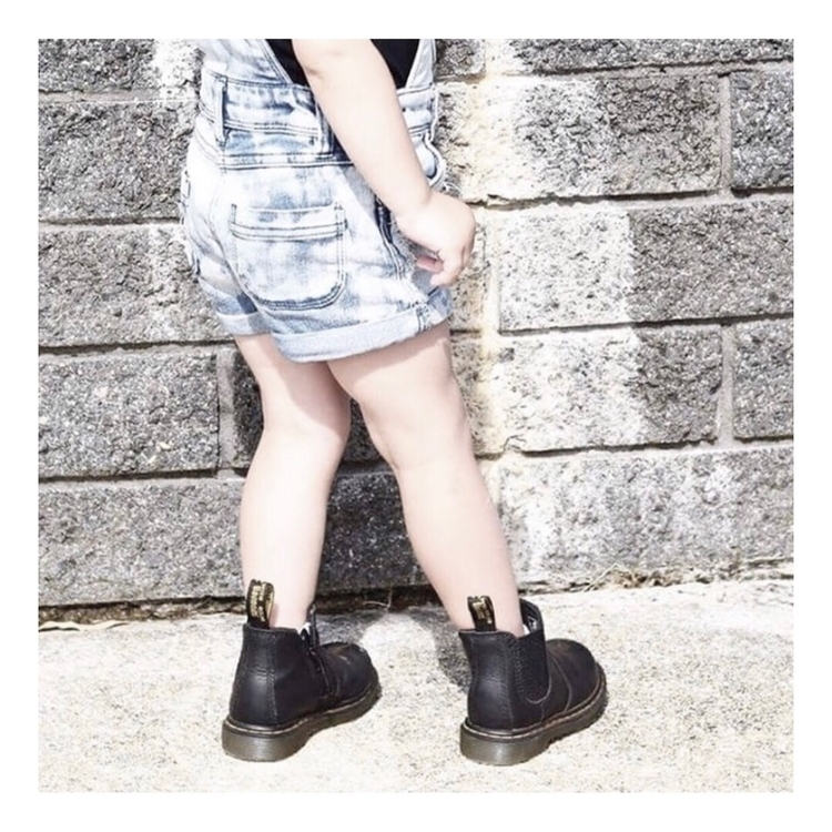 Lace- free Dr Martens boots dre - youonlykidonce | ello