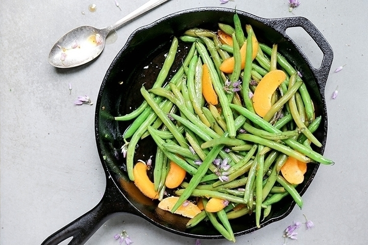 Blistered Green Beans Apricots  - floatingkitchen | ello