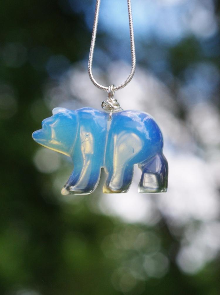 Small opalite bear pendant neck - audacitywear | ello