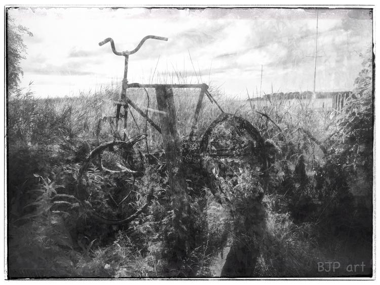 Schilffahrrad  - BJP_art, Lichtspurkomposition - bringfried | ello