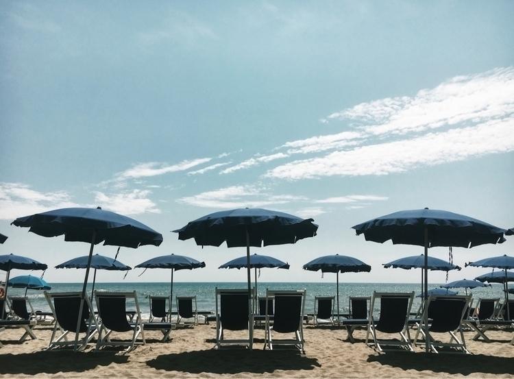 summer - versilia, toscana, tuscany - andreameli | ello