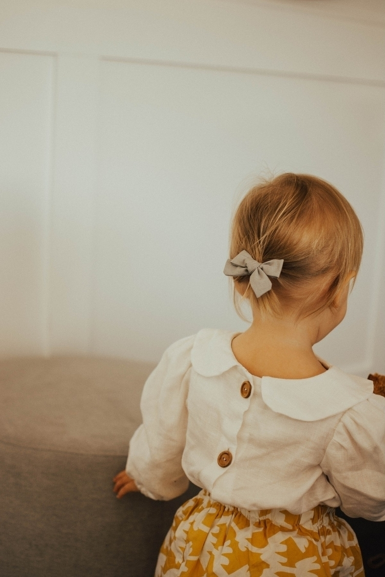 tiny ponytail held sweetest bow - johke | ello