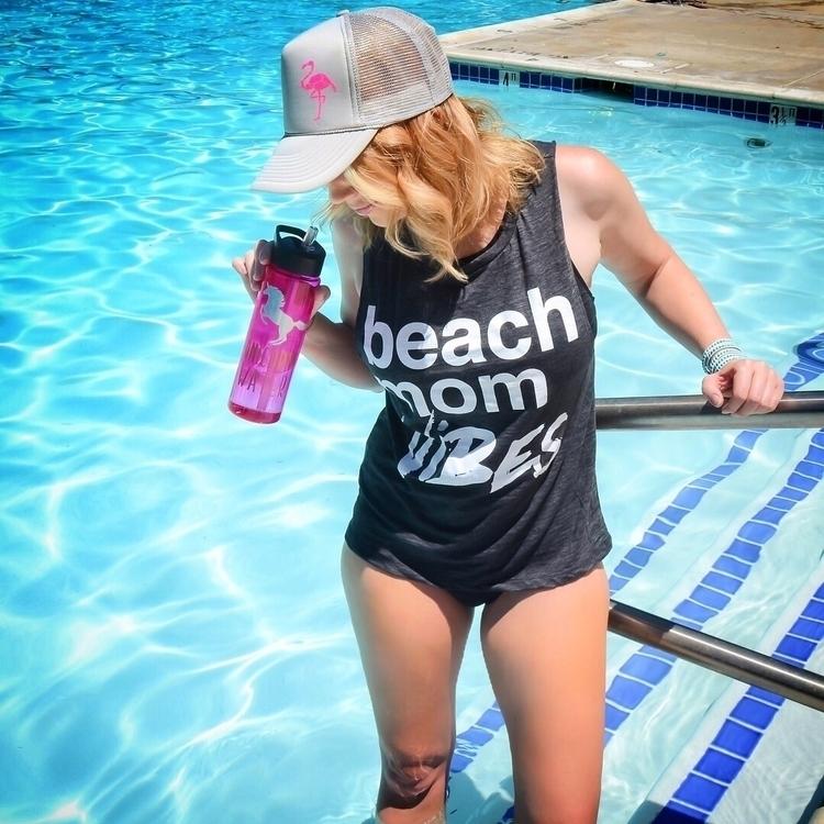 Beach Vibes strong - anne_lilian_grace   ello