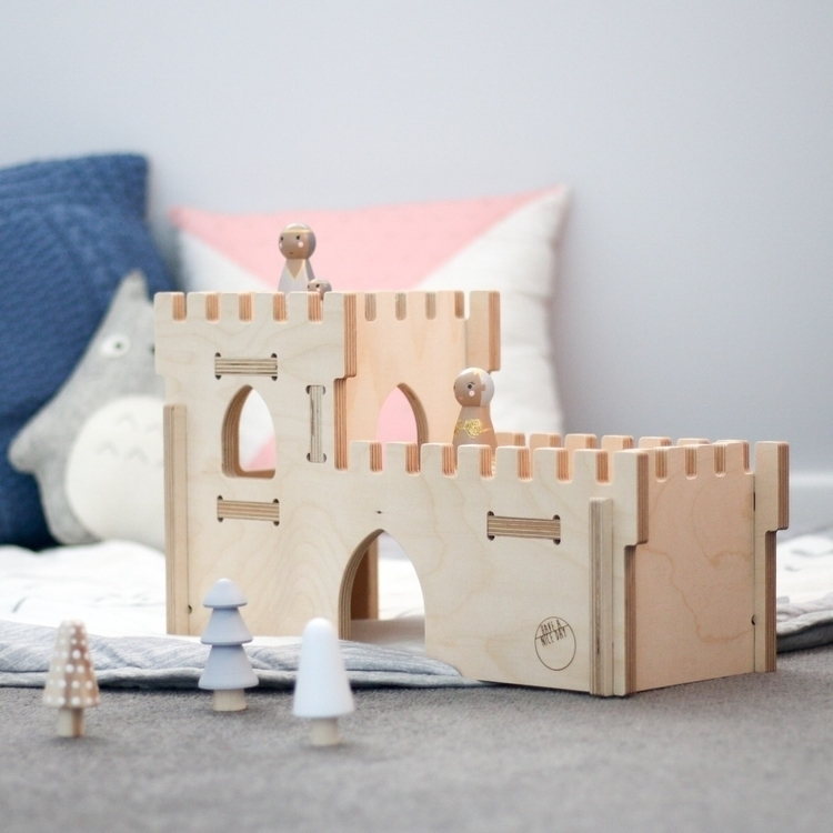 happily king castle Castle - decor - the_jaded_monkey | ello
