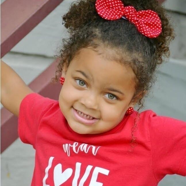cutie! Rocking Strawbs bows - curlyhair - strawbsgirl | ello