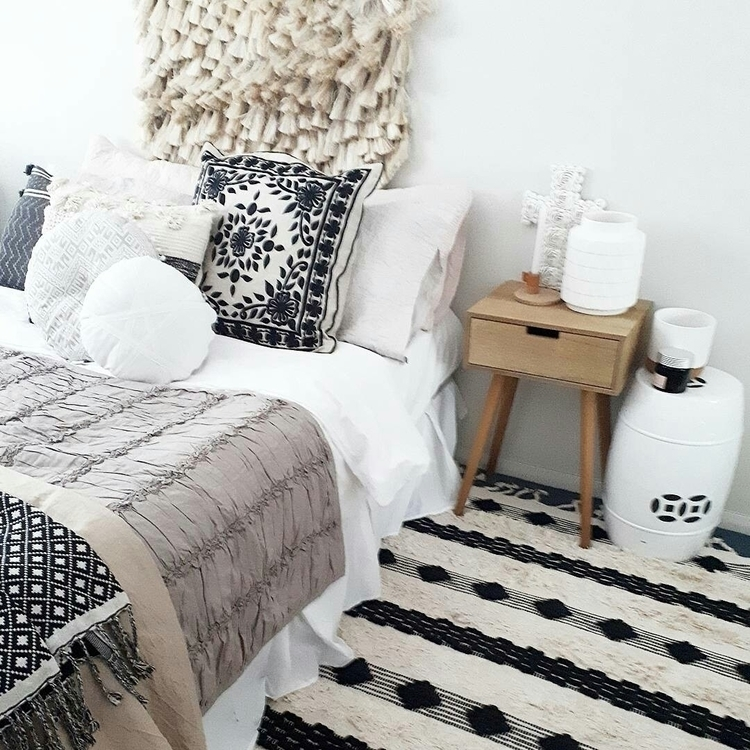 give room full boho selling era - thedustypoppy | ello