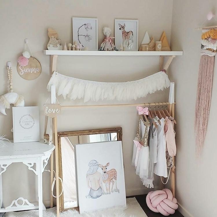 bedroom, gave makeover added Gi - thewhimsicalwall | ello