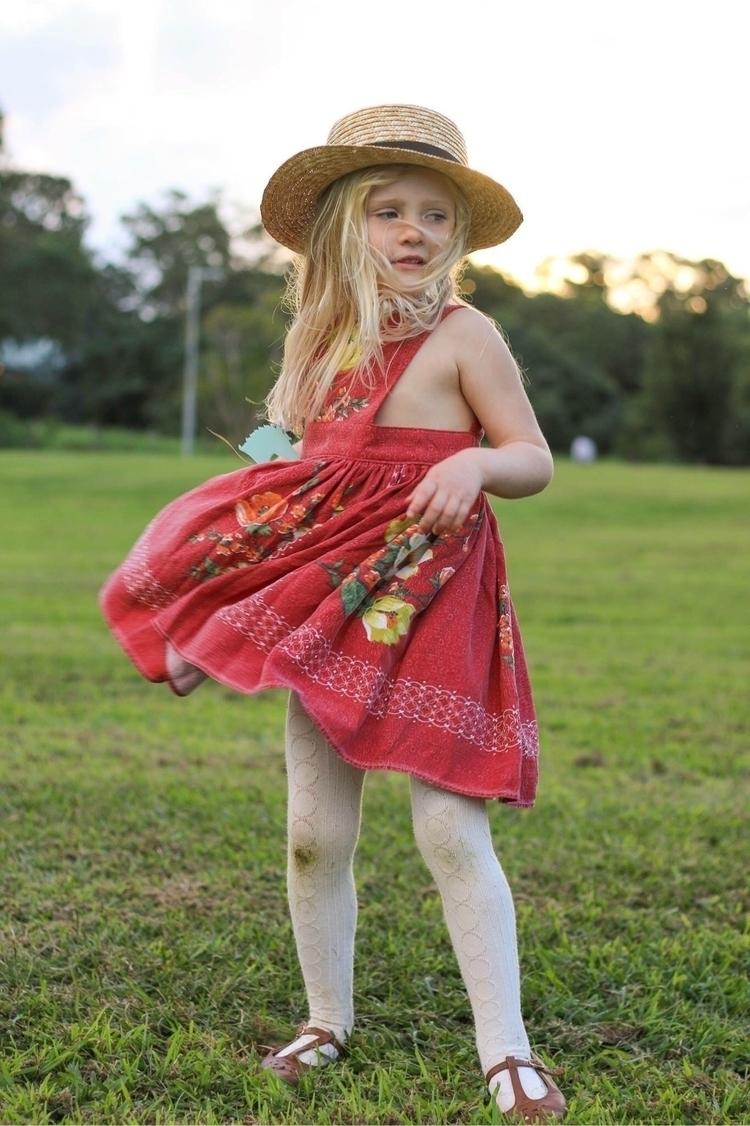 beautiful dress - raisingaubri | ello