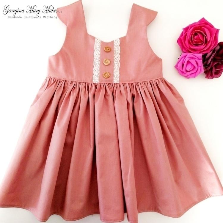 dress stunningly simple creatio - georginamarymakes | ello