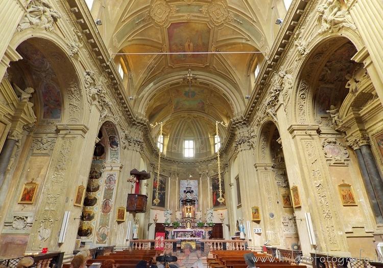 Milan (Italy): Interior Church  - milanofotografo | ello