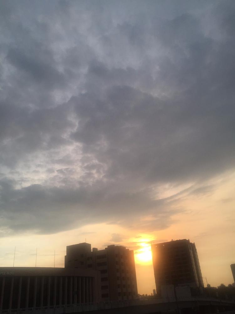 feeling desolation setting sun - blackpink | ello