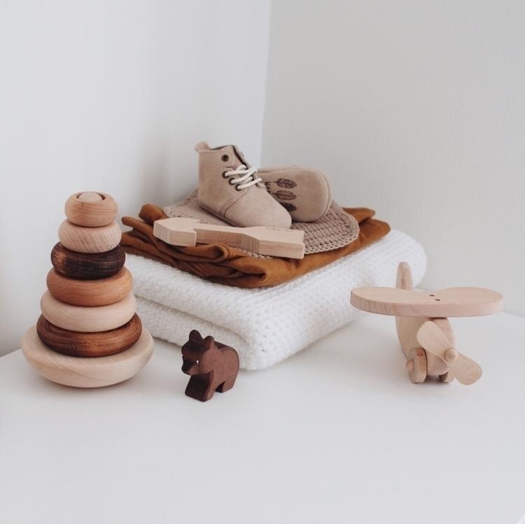 Mustard, knits wooden toys! fav - stephsoj | ello