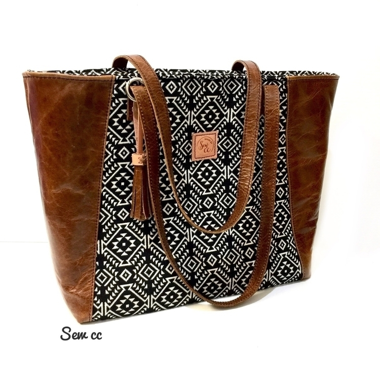 Simple Stylish  - madebysewcc, handmadebags - sewcc | ello