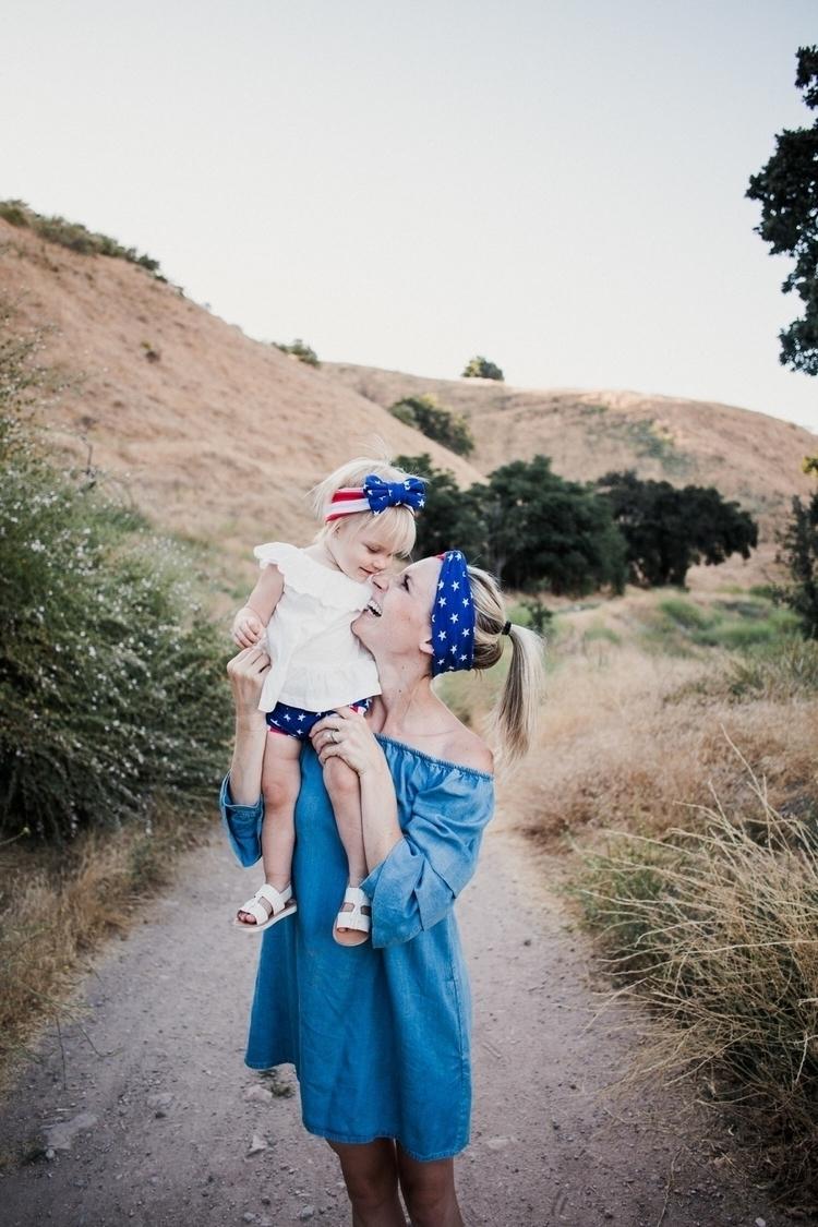 mommy + subscription box - mommyandme - theoverwhelmedmommy | ello