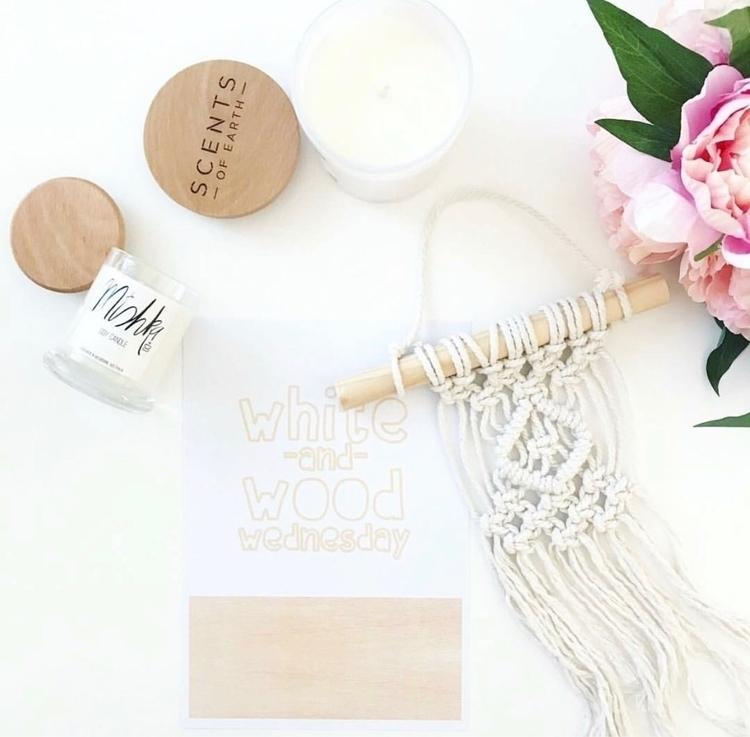 White Wood Wednesday hint Pink - gracelauder | ello