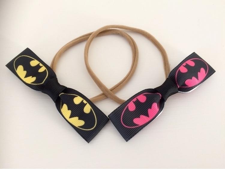 Batman batgirl bows superhero!  - hekakids | ello