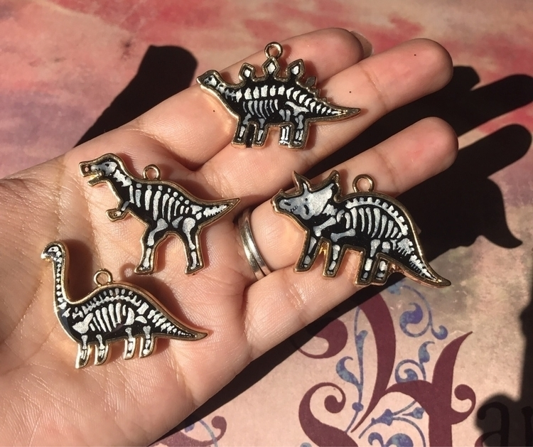 Dino Bones Necklaces Etsy - aliciaswonderland | ello