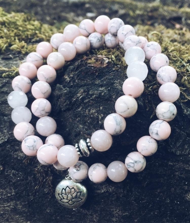 Pink Howlite beaded bracelets l - gypsyxjewels   ello