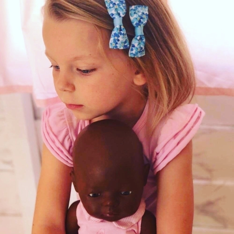 Dolls - girls friend - flosscreations | ello