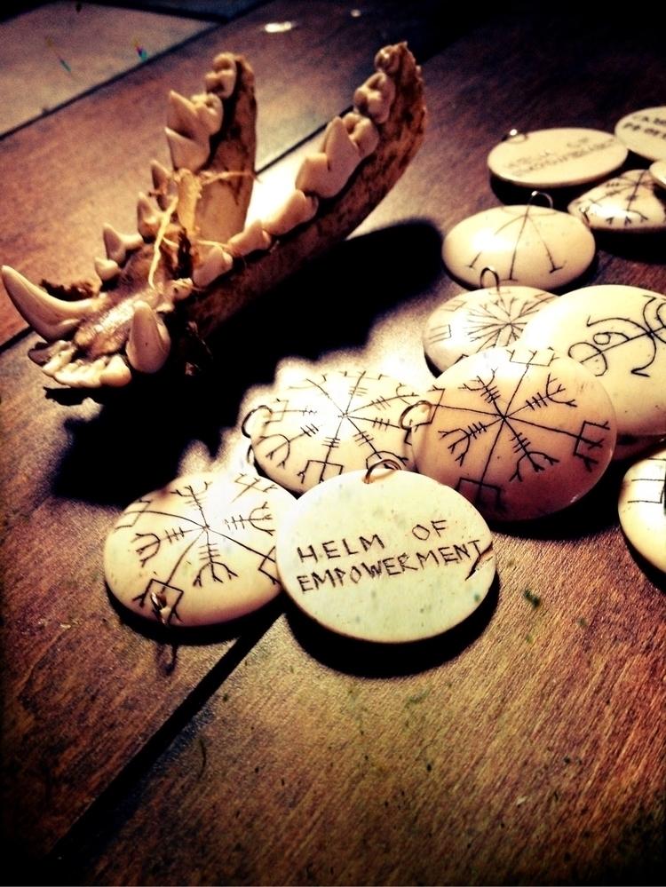 Sigil Helm Empowerment // Wear  - thewitch | ello