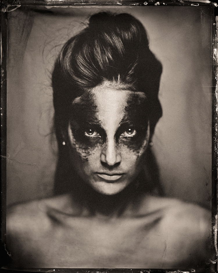 Photographer:Paul Alsop Collab - darkbeautymag | ello
