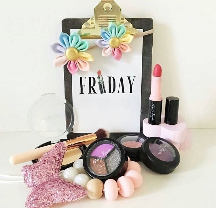 Friday - littlemakeuplovers, lovelml - littlemakeuplovers | ello