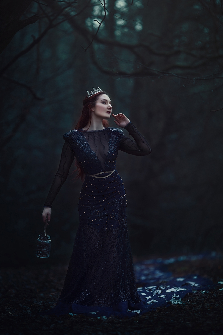 Photographer:Anjelica Hyde Des - darkbeautymag | ello