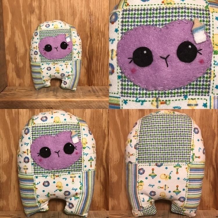 Toy Box Huggle  - etsy, handmade - tykesanimalkingdom   ello