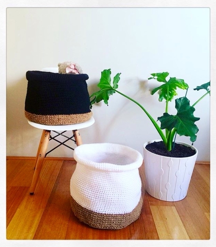 Jute/yarn crochet baskets....gr - sashcreativedesigns | ello