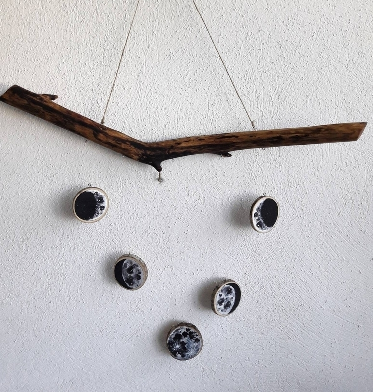 Decoration hang lunar phases - elloart - magicwood_creations | ello